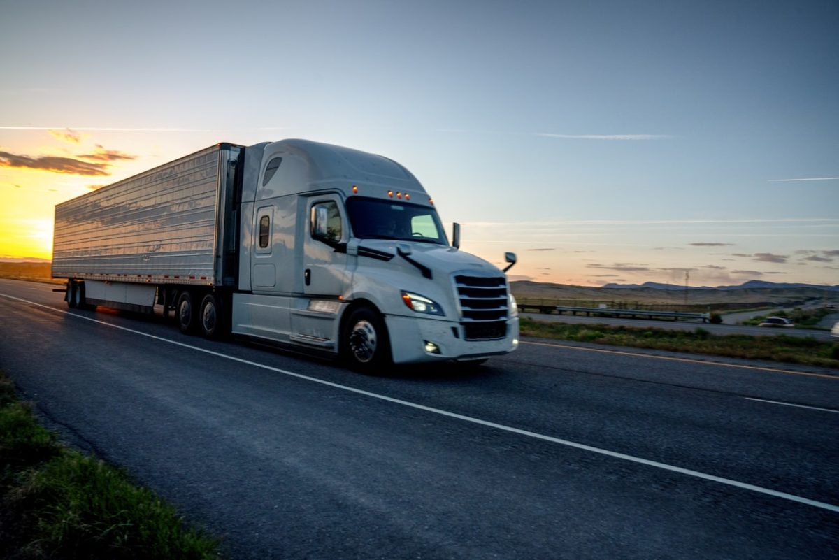 FMCSA Proposes New Rule to Increase Service Hours Flexibility for Drivers